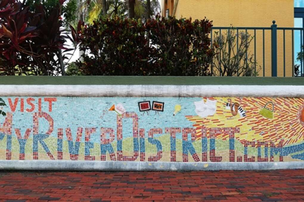visit the Fort Myers River District wall