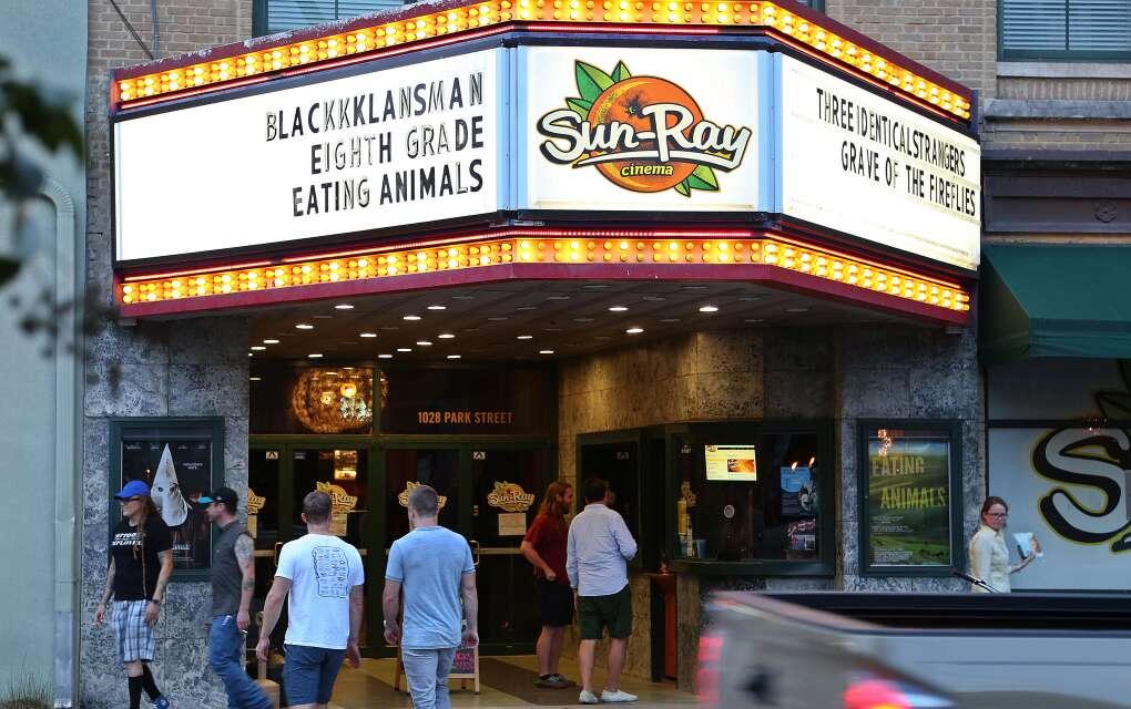 El cine Sun Ray en el barrio Five Points de Jacksonville