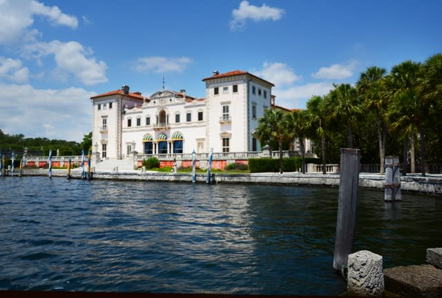 The lake view of the Vizcaya House in Miami