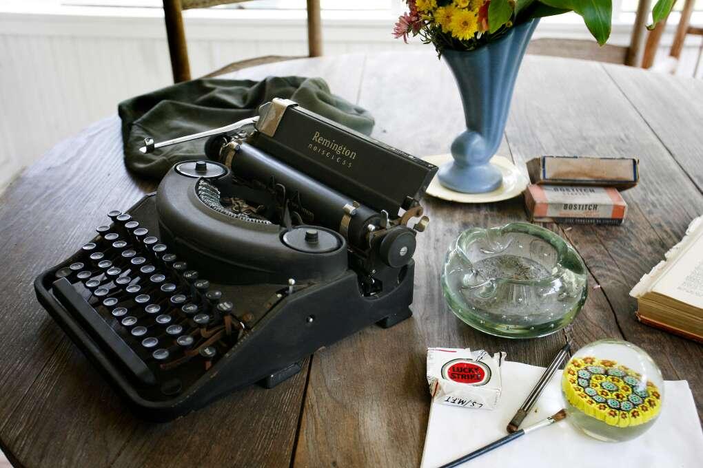 old typewriter exhibit