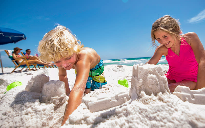 Quietwater Beach's gentle shore on the barrier island of Santa Rosa Island makes it a favorite for families with small children.