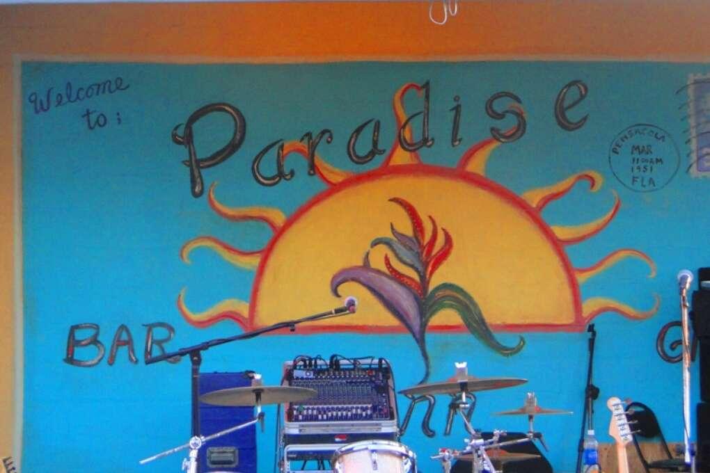 Pensacola_Beach_Sugar-Sand_Beaches_Blue_Angels_History_credit_Lauren_Tjaden (11)