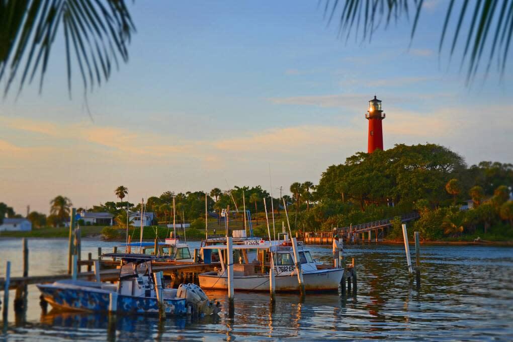Florida Inlets - Jupiter Lighthouse