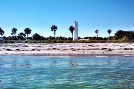 As a refuge for visitors, Egmont Key State Park is a state park rich in history. It can be visited by private boat or public ferry, making it a favorite destination for water-borne visitors, including class groups working on school projects.