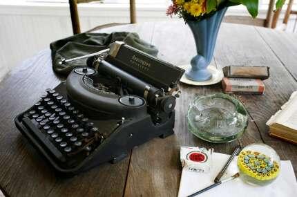 rawling_house_typewriter.jpg