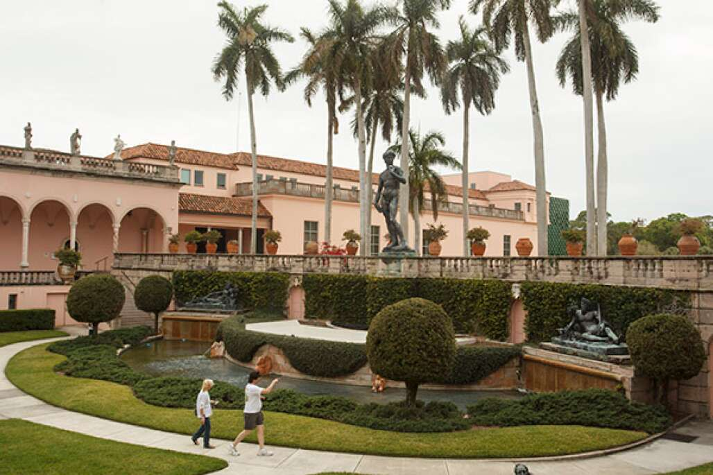 The John and Mable Ringling Museum of Art has a mansion and 21 galleries of internationally recognized European and American art by such artists as Rubens and Van Dyck.