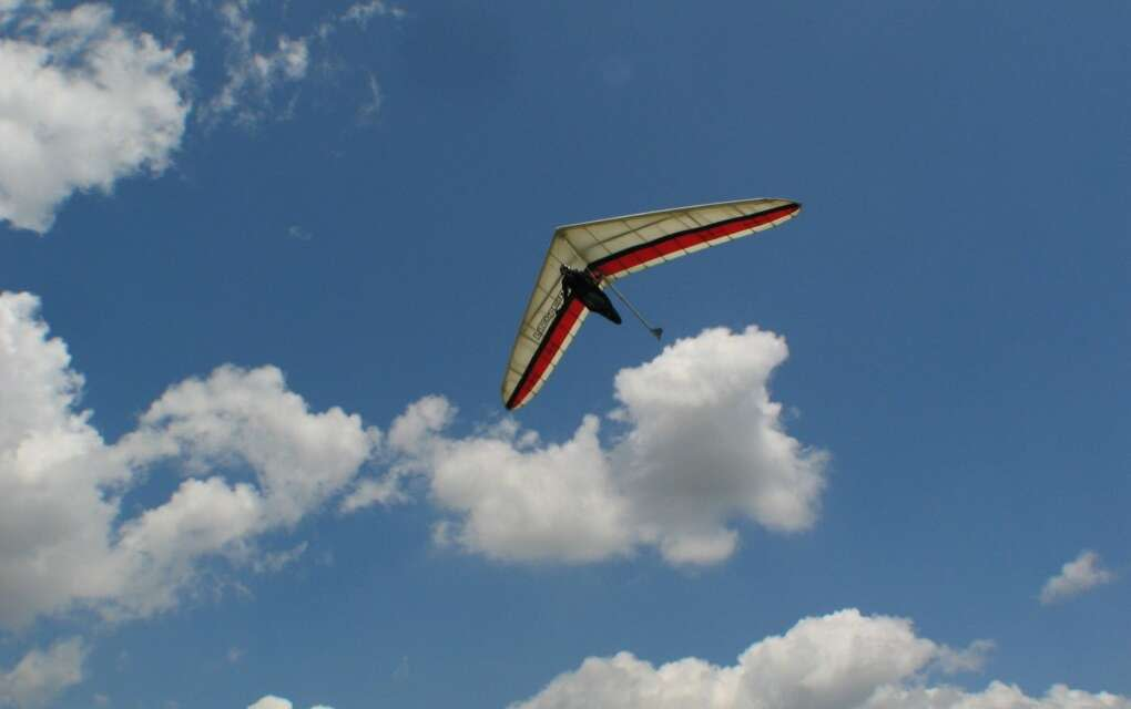 Hang gliding is the most bird-like type of flying. This is me flying my Litespeed over Florida.