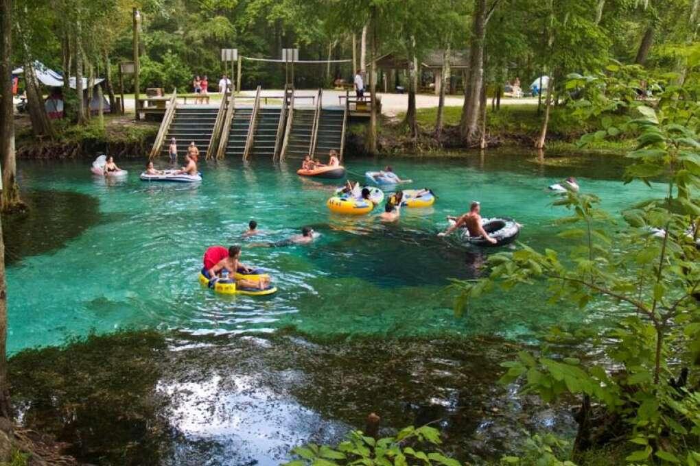 people tubing along the Santa Fe River at Ginnie Springs