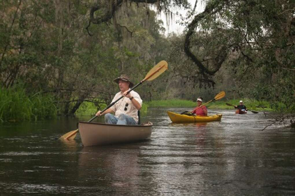paddling down the Ichetucknee River
