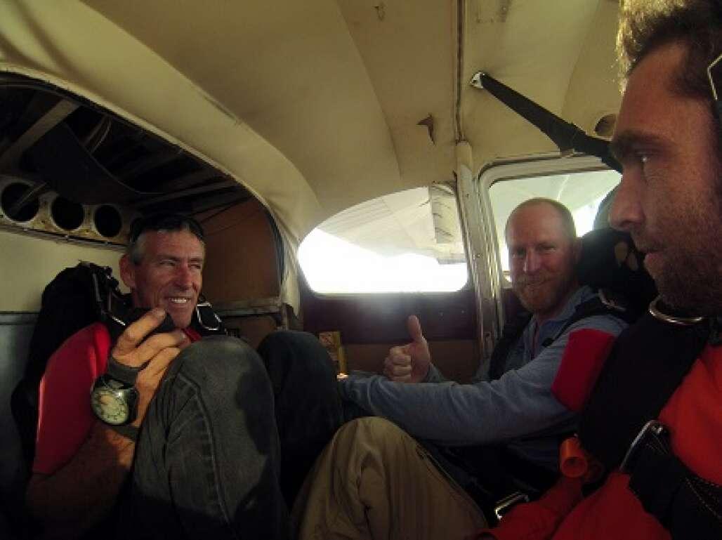 lake-o-skydiving-photo-going-up.JPG