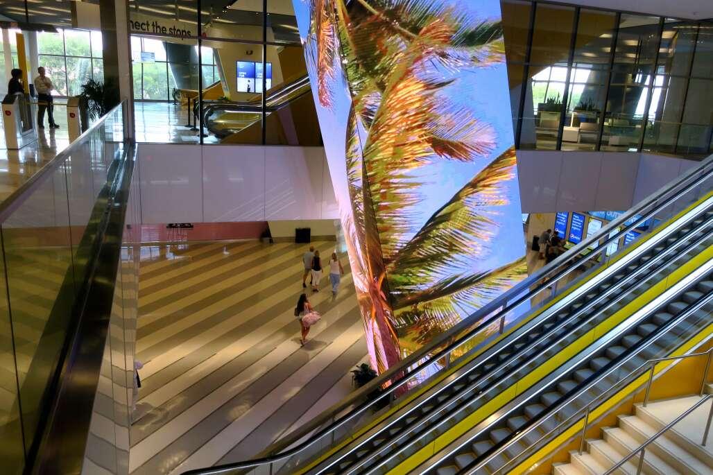 O lobby da Miami Central