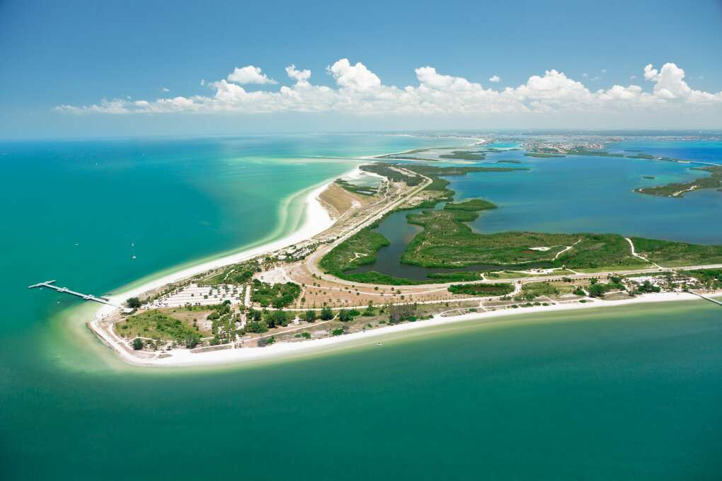 Aerial view of the Fort Desoto Park island