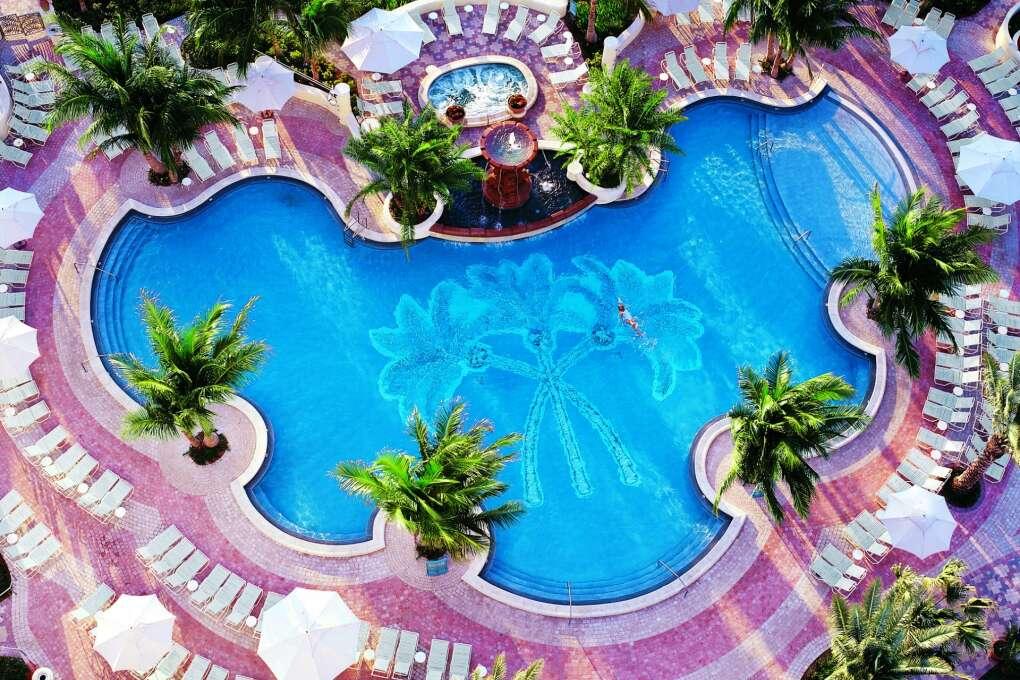 Family Hotels Florida: - Loew's Miami Beach Hotel