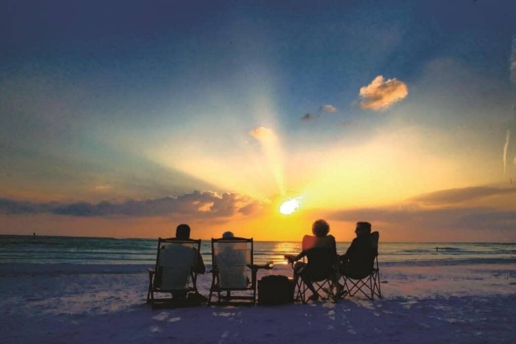 Siesta Key restaurants and beaches