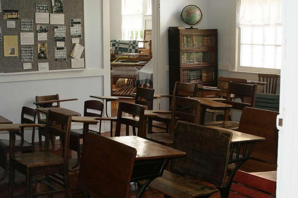 School in Barberville's Pioneer Settlement