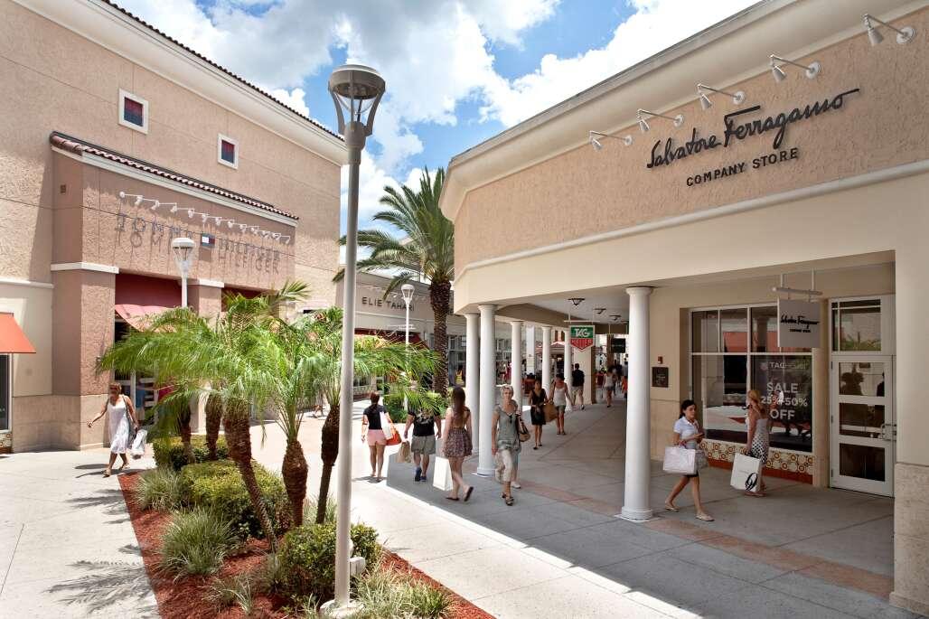 Orlando Vineyard Premium Outlets