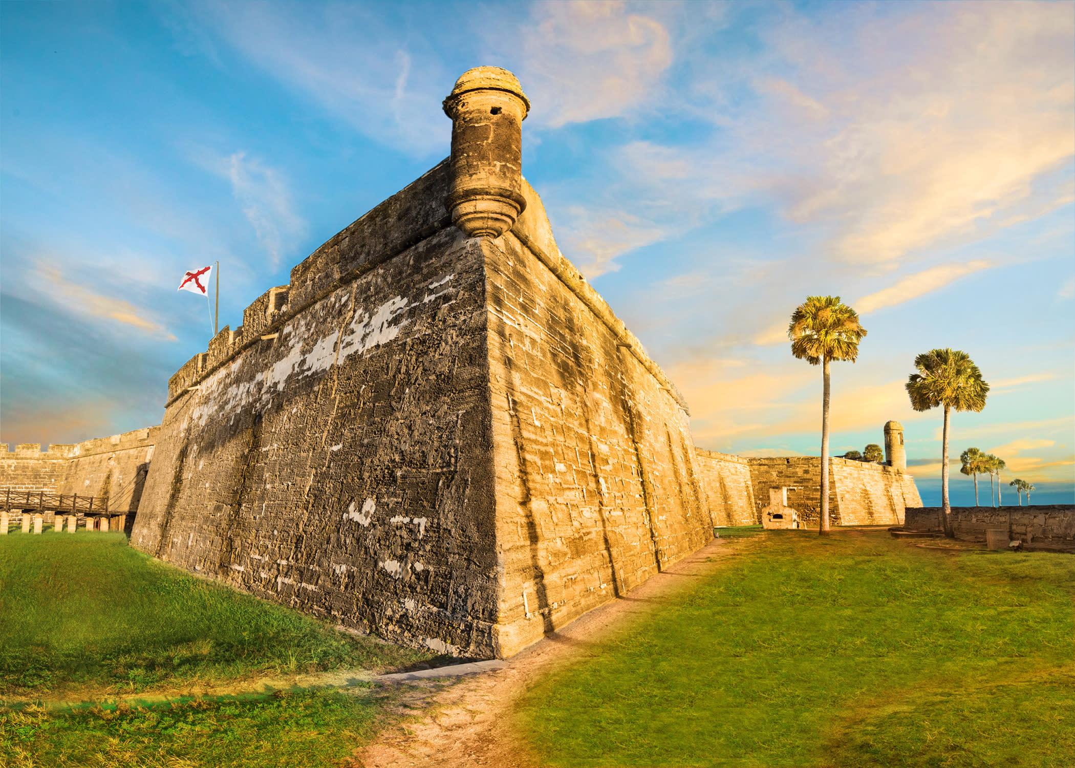Castillo de San Marcos 17th-century fort St. Augustine nation's oldest city