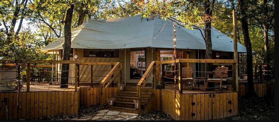 Luxury tent: 4 hours from Houston. Photo: GlampingHub.com