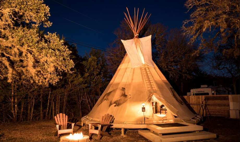 Romantic tipi:3 hours and 30 minutes from Houston. Photo: GlampingHub.com