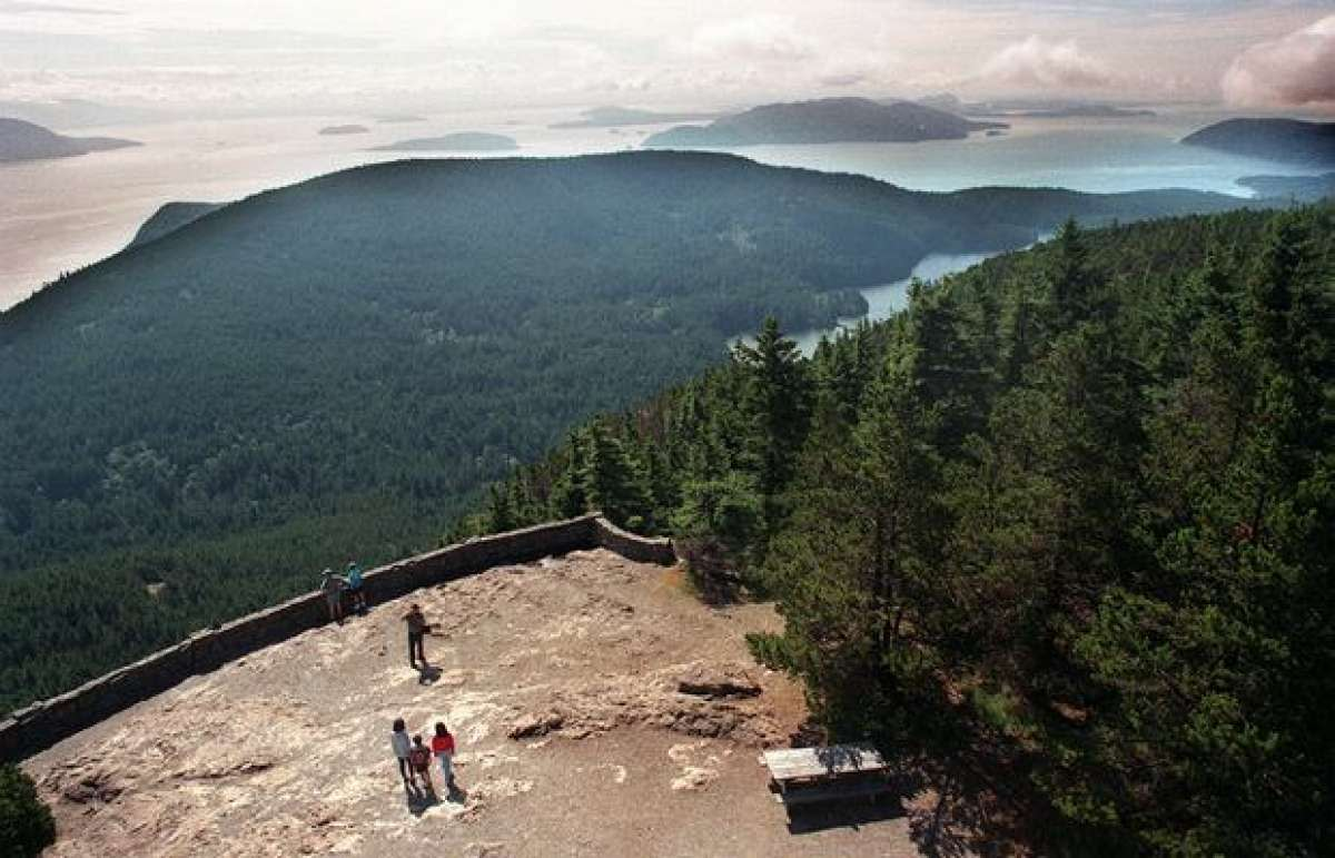 You can drive or hikeup to the 2,409-foot summit in Moran State Park, which has a panorama to die for. Spread out below are the San Juan Islands as well as Canada's Gulf Islands. The 10,778-foot Mount Baker looms to the east, living up to rough translation of its native name: The Great White Watcher. Olympics are dream hazy to the south. The San Juan Islands get crowded in mid- to latesummer. The