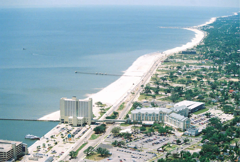 SMALL-TOWN SPOTLIGHT: GULFPORT