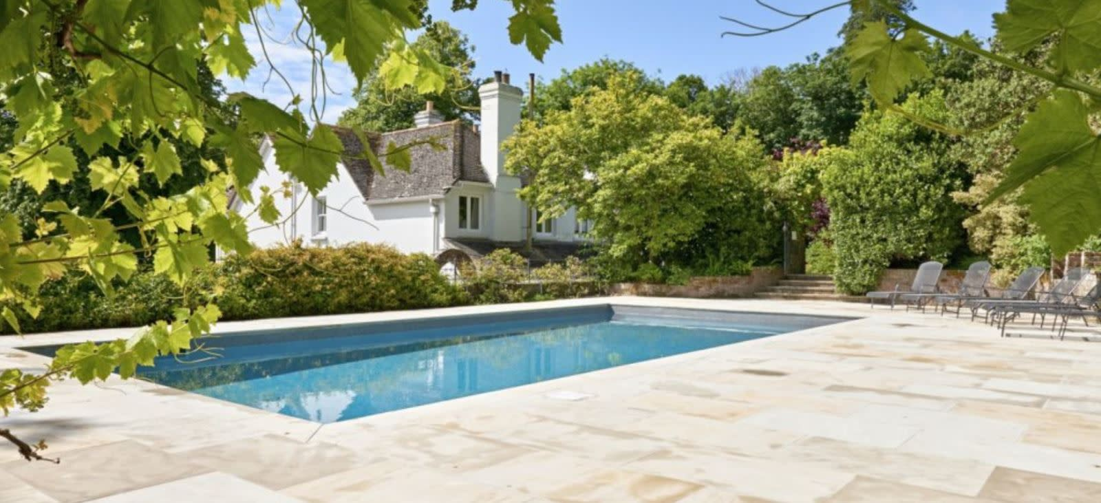 Outdoor swimming pool at The Lindens - Lulworth Holiday Cottages in Dorset