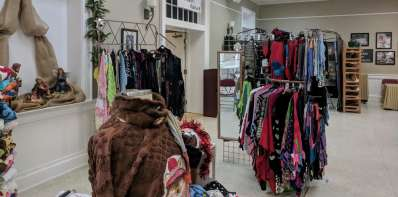Christmas Caravan Arts & Crafts Show