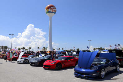 2019 VETTES AT THE BEACH