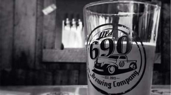 152856_5102_690 glass.JPG