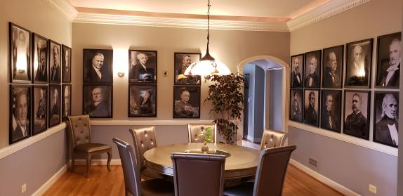 PRESIDENTIAL DINING AT THE MANOR