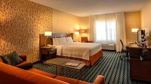 2561_4827_Fairfield Inn Room.jpg