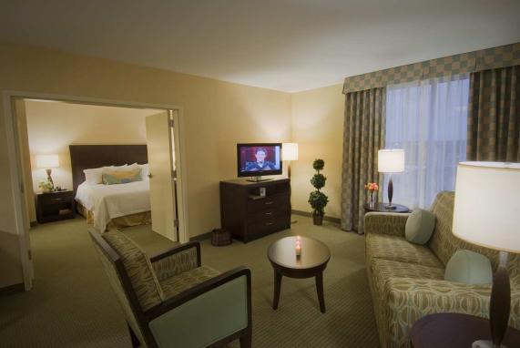 3566_Suite Room.jpg