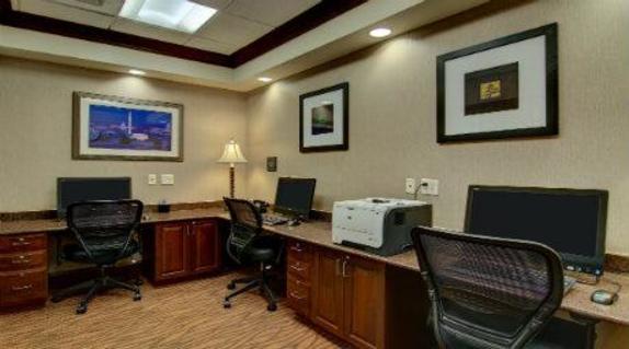 68022_6434_Visit Loudoun Business Center.jpg