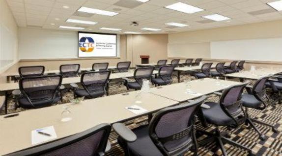 9292_4211_ECTC_Dulles_Classroom_10.jpg
