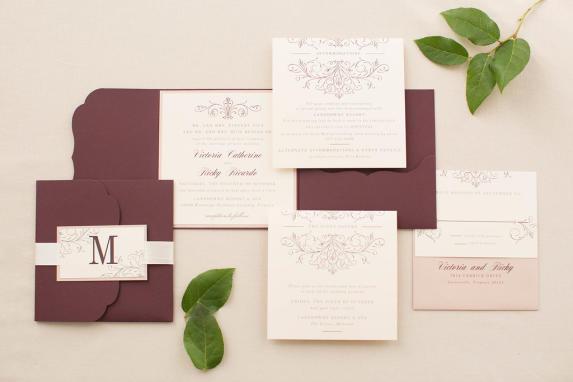 Pocketfold wedding invitation in wine and beige