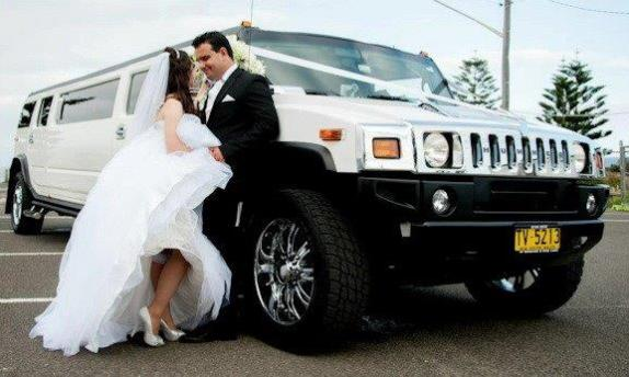 Hummer Bride and Groom