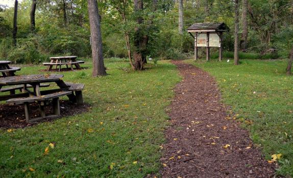 Mary DeChapman Trail Image