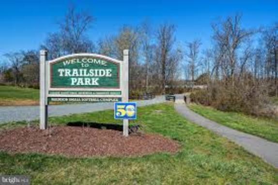 Trailside park Logo
