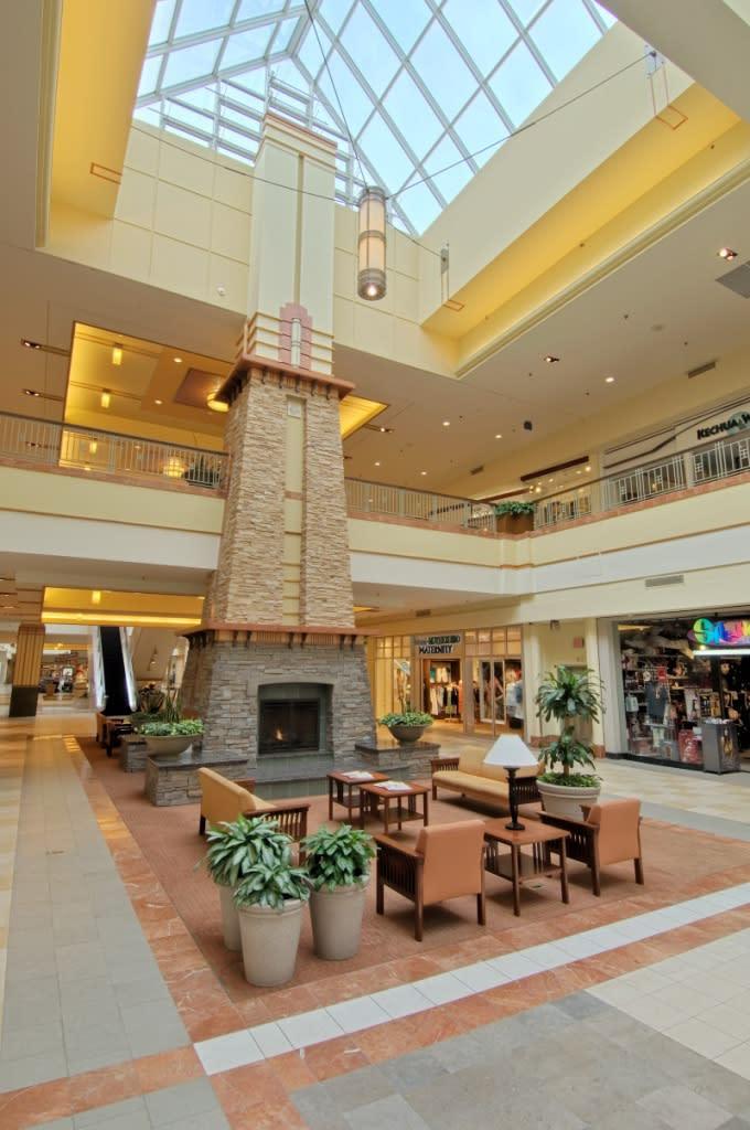 f61412aa2 Colonie Center Mall