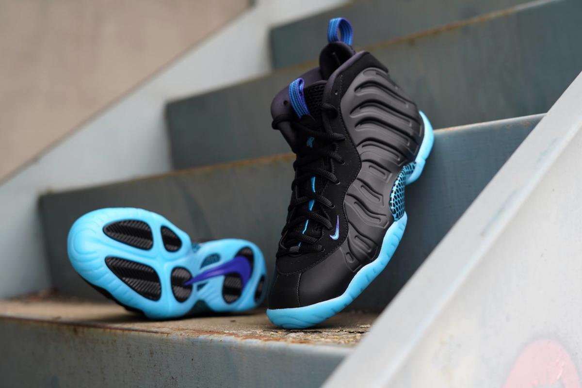 cheap shoes at hibbett sports