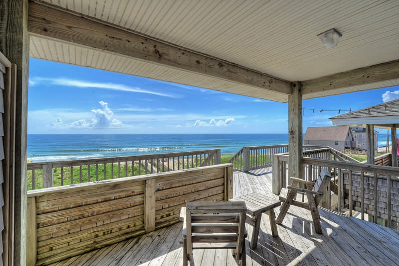lighthouse view oceanfront lodging outer banks