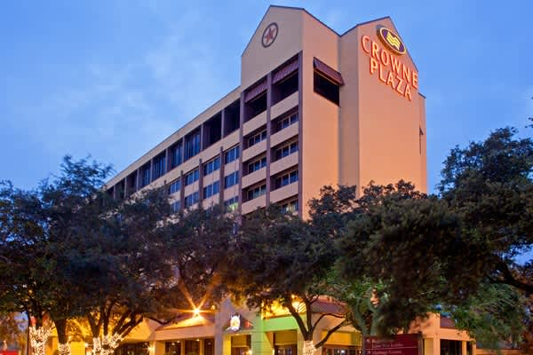 Crowne Plaza Houston Near NRG Park | Hotels in Houston, TX 77054