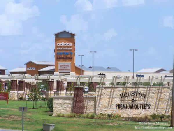 8f27db3b528 Houston Premium Outlets