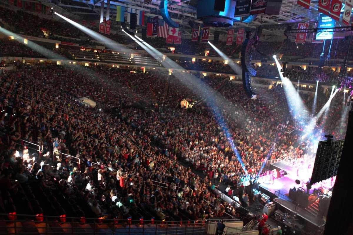 Bildresultat för PNC Arena, Raleigh