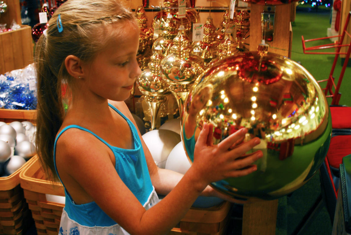 Bronners Christmas.Bronner S Christmas Wonderland Frankenmuth Mi 48734
