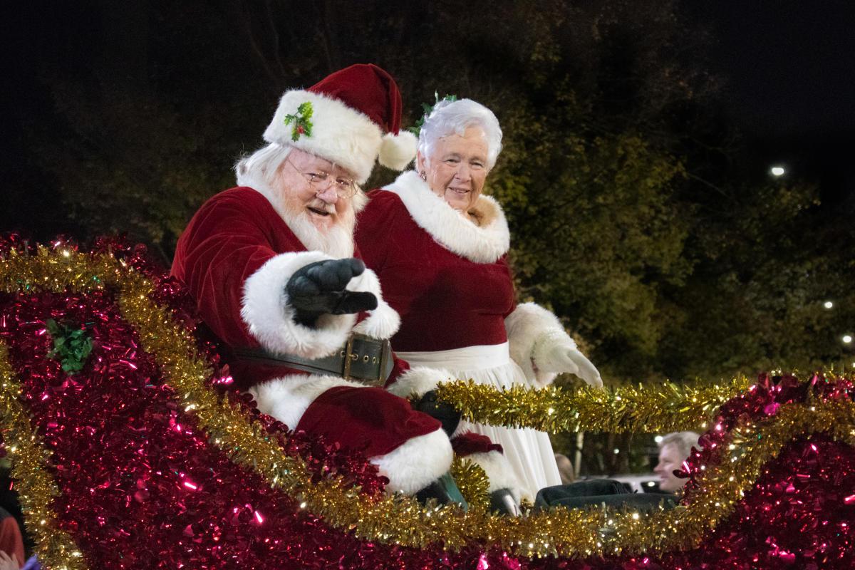 Newton Nc Christmas Parade 2020 Lowe's Foods Christmas Parade and Tree Lightening
