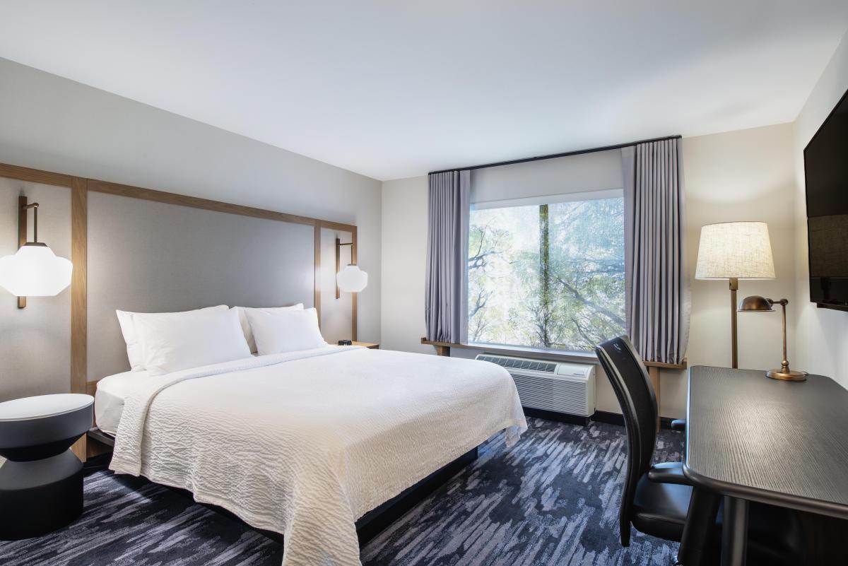 Fairfield Inn Amp Suites By Marriott Kelowna