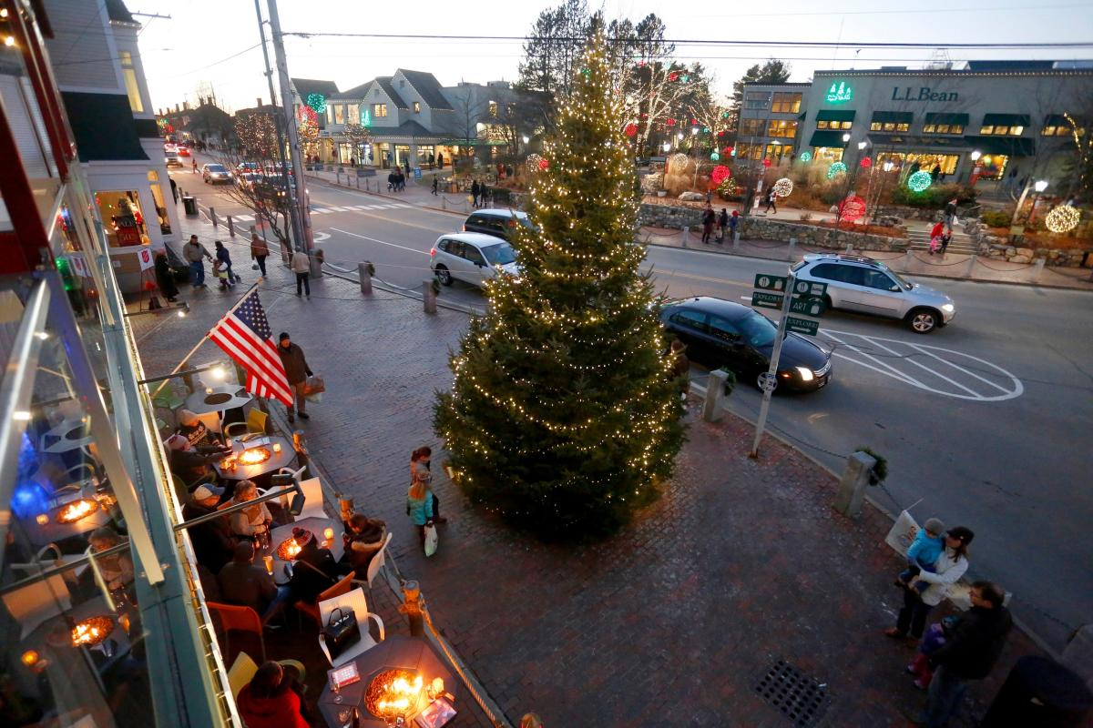 Freeport Christmas Lights 2020 Visit Freeport's Sparkle Celebration | Freeport, ME 04032