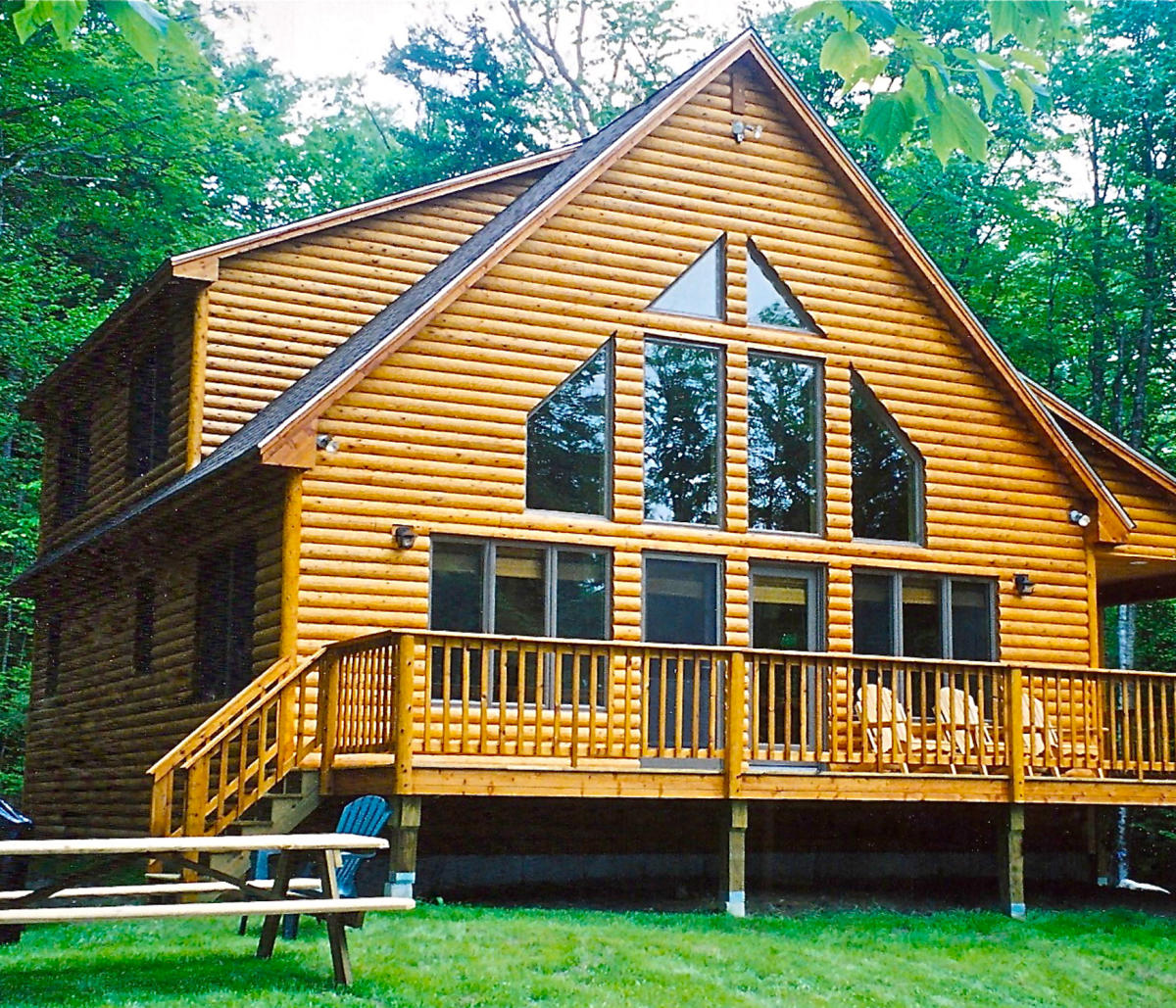 Appartment Rental: Cozy Moose Lakeside Cabin Rentals