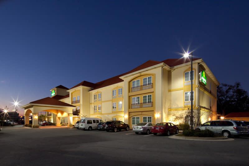 La Quinta Inn Suites I 10 West